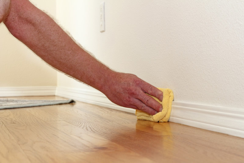 Cleaning Baseboards and Keeping Them Clean